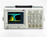 Tektronix TDS3014C Oscilloscope; Dpo, 100Mhz, 1.25 Gs/S, 4 Channel, Color Display, Certificate Of Traceable Calibration Standard